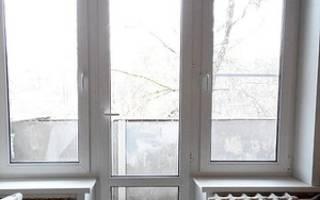 Как приподнять пластиковую балконную дверь?