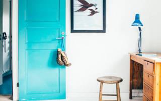 Как покрасить межкомнатную дверь своими руками?