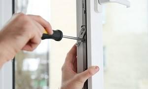 Как регулировать пластиковые окна самому зима лето