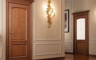 Как отреставрировать шпонированную дверь?