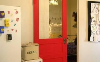 Как из обычной двери сделать раздвижную?